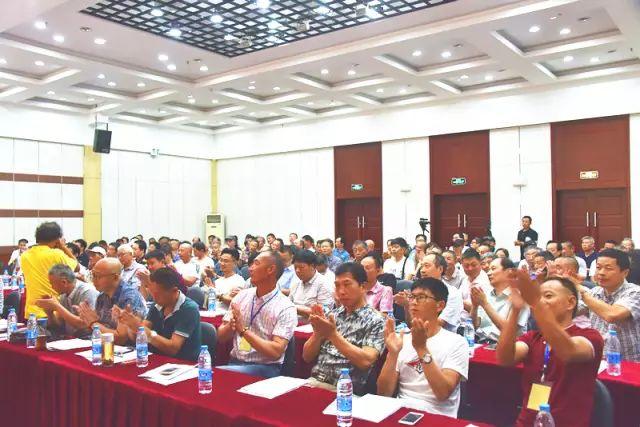 热烈恭喜南通市职工盆景协会建立