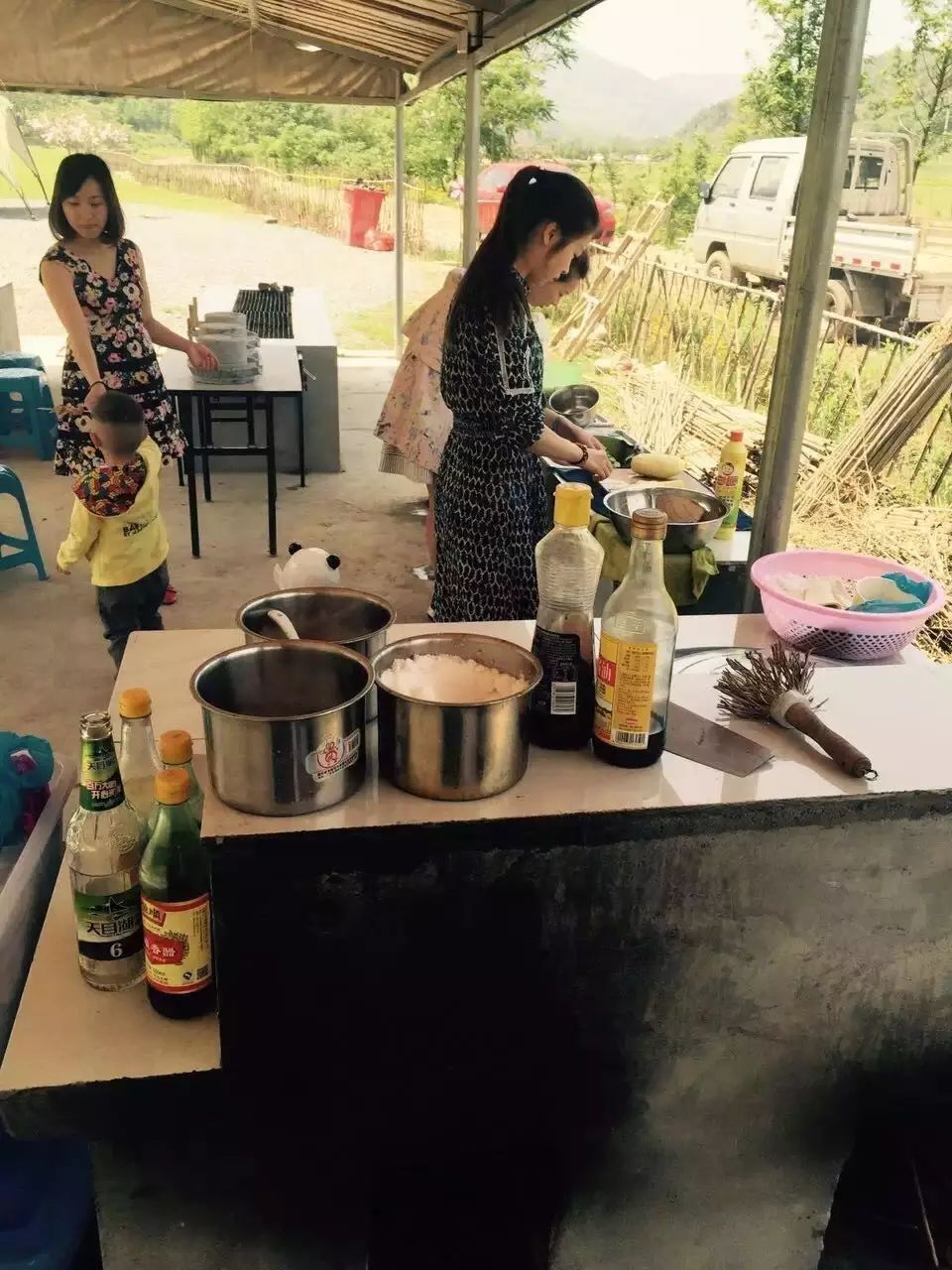 【广电小主播】5月20日||5月21日 挤羊奶、做奶皂、竹筒饭、大锅饭、采茶、炒茶、亲子游戏······
