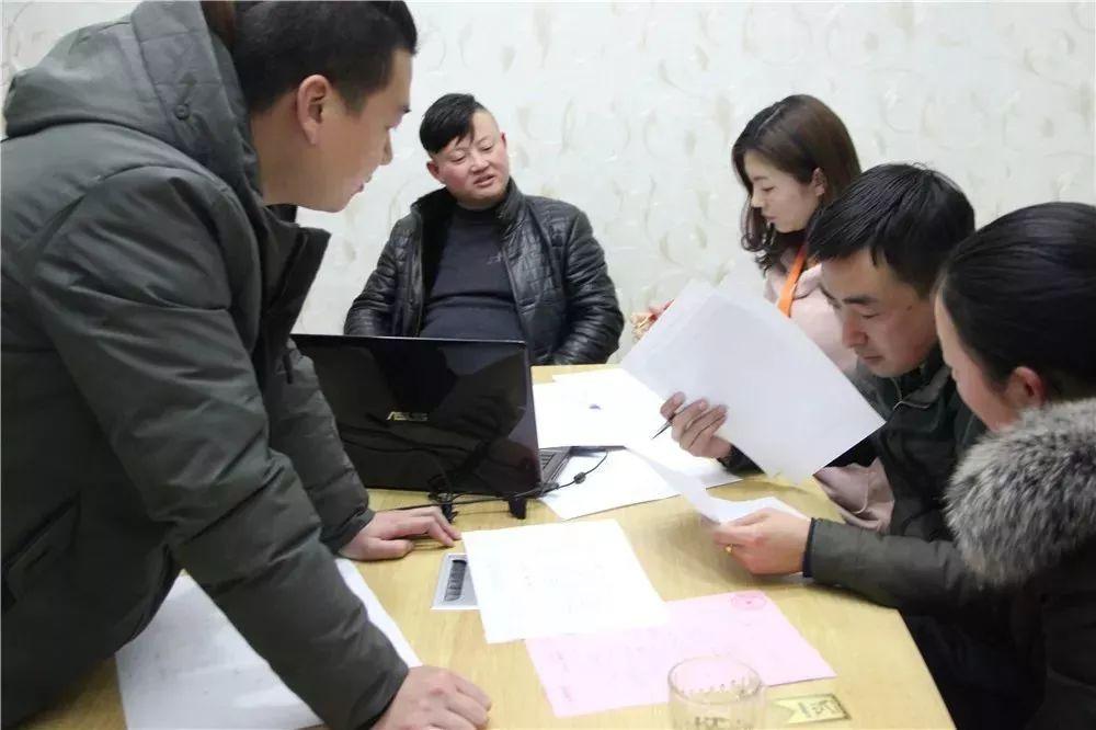 【· 我为盛庭装饰代言】祝贺海洲阳光城夏总乐成签约!!