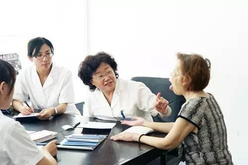 南通良春西医医院院长朱婉华:让国医巨匠的真工夫造福更多黎民
