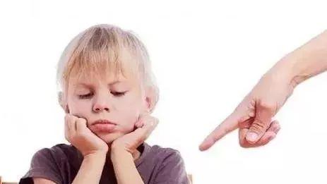【爱育幼童】不打不骂,处罚孩子的5个迷信办法,有奇效!