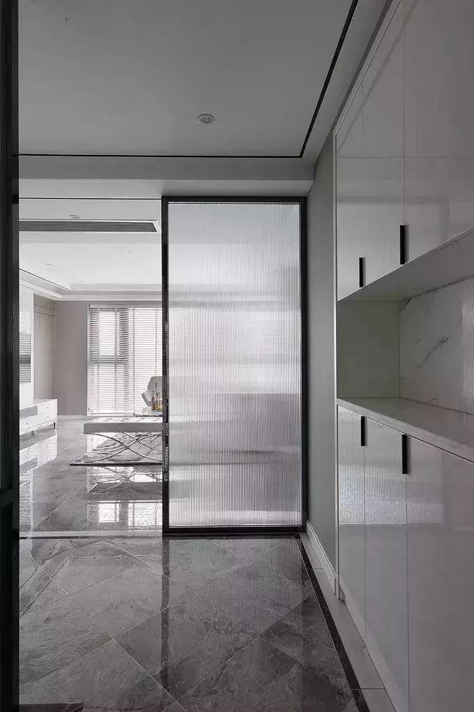 【盛庭装饰】一推门便是客堂,这个玄关怎样设计?