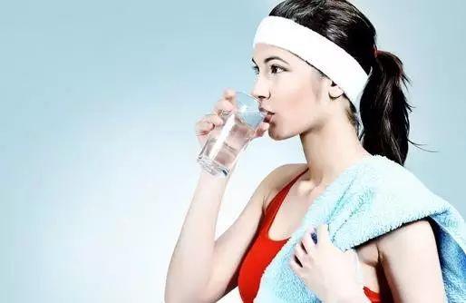 南通西方医院|安康 临时喝水的女人,居然会酿成如许!