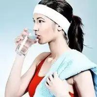 南通东方医院|健康 长期喝水的女人,竟然会变成这样!