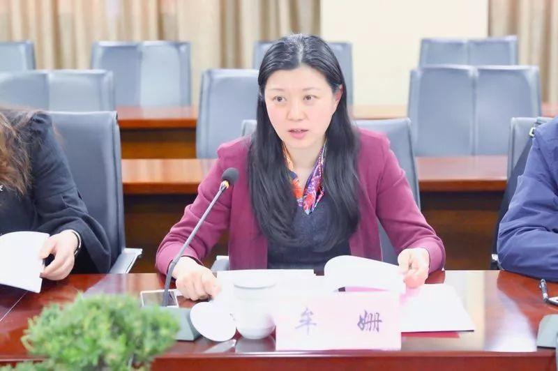 上海仁济医院专家来院指点学科建立
