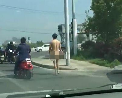 南通郊区这个裸奔男谁看法? 他火了!