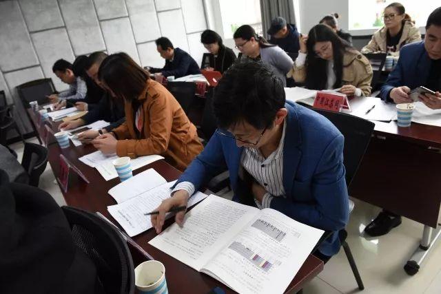 【旧事公布】南通法院度休息争议审讯年报